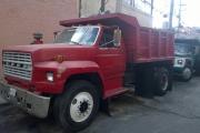 camion_de_volteo_rojo_en_renta