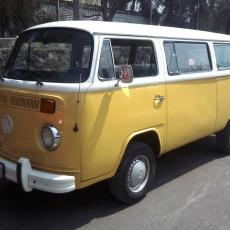 combi_1976_amarilla_en_renta_para_eventos