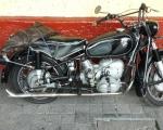 motocicleta bmw clasica negra en renta