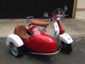 Renta de Motocicletas Vespa con sidecar para eventos y filmaciones